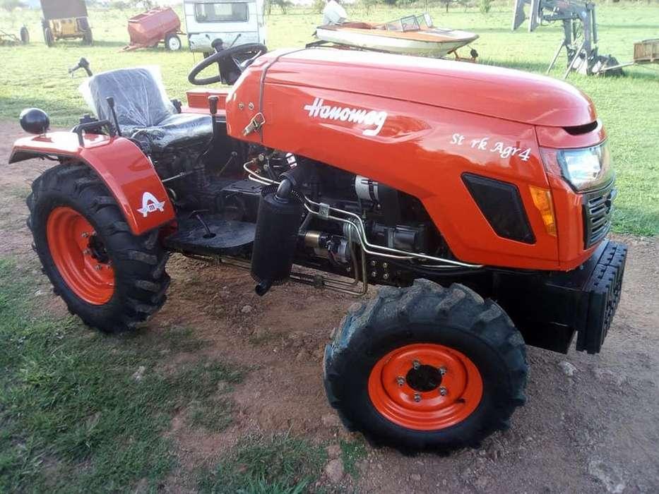 Tractor Hanomag línea Stark Agr4