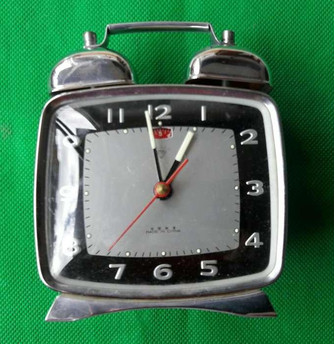 d4b4001495b7 Reloj antiguo  Arte - Antigüedades en venta en Colombia