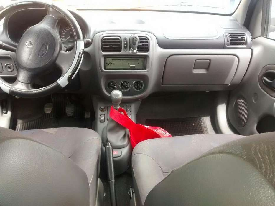<strong>renault</strong> Clio  2003 - 167796 km