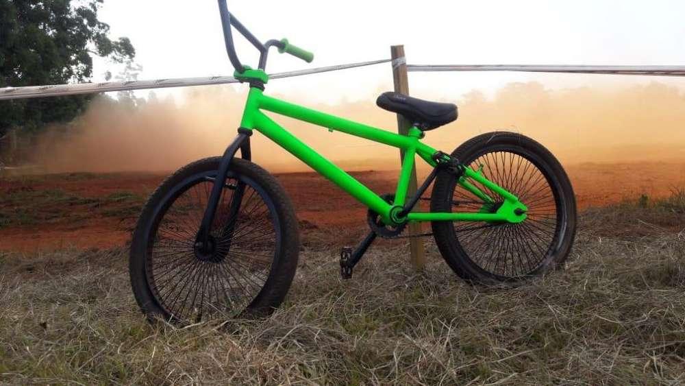bicicleta rodado 20 linda y en buen estado y muy barata