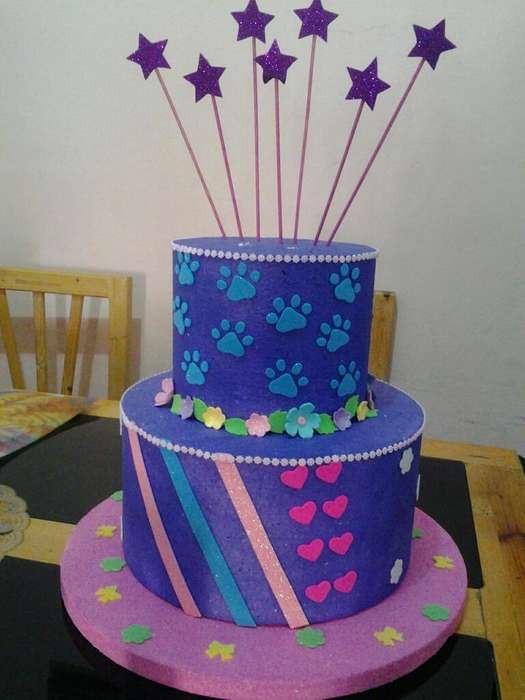 Torta Falsa Y 10 Flores