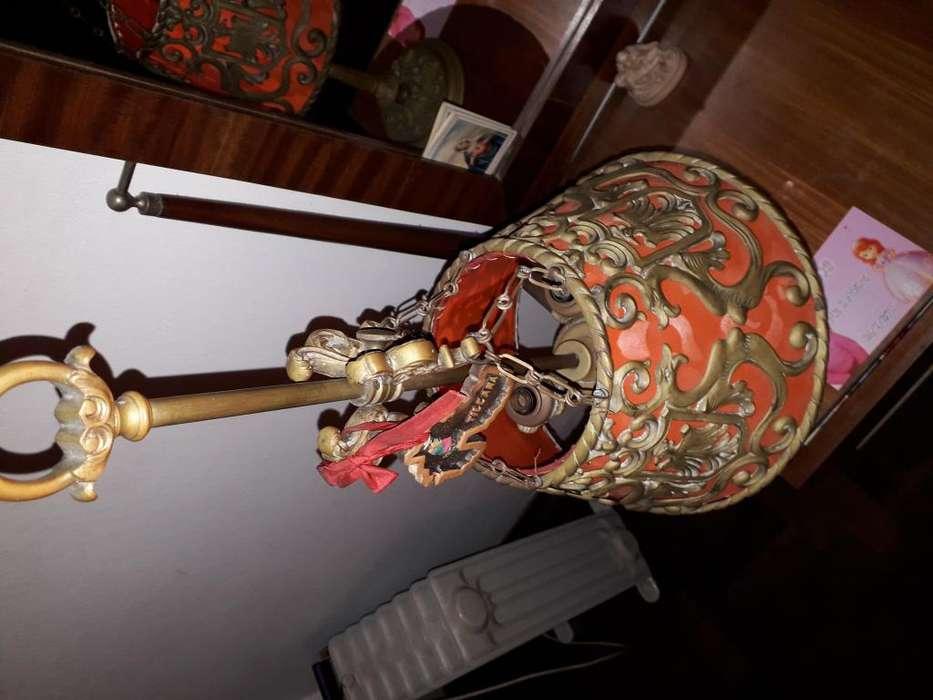 Lampara antigua de bronce Para poner 3 focos Buen estado