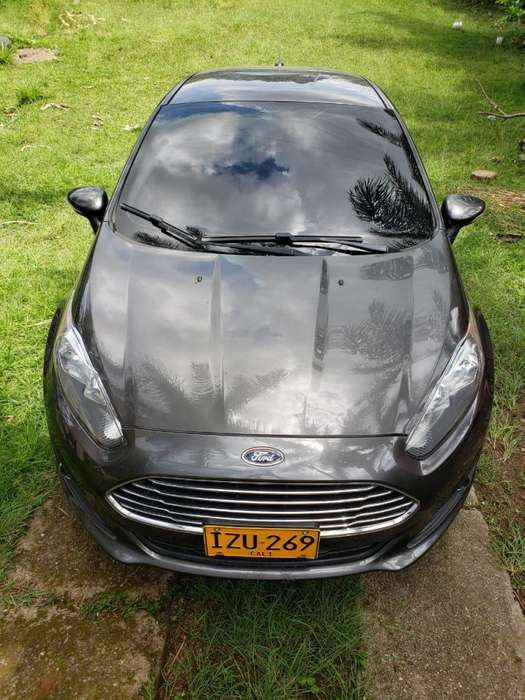 <strong>ford</strong> Fiesta  2016 - 42000 km