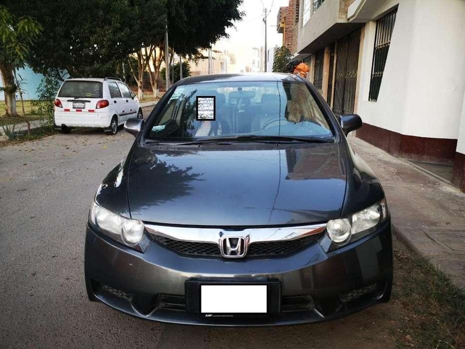 Honda Civic 2009 - 75000 km