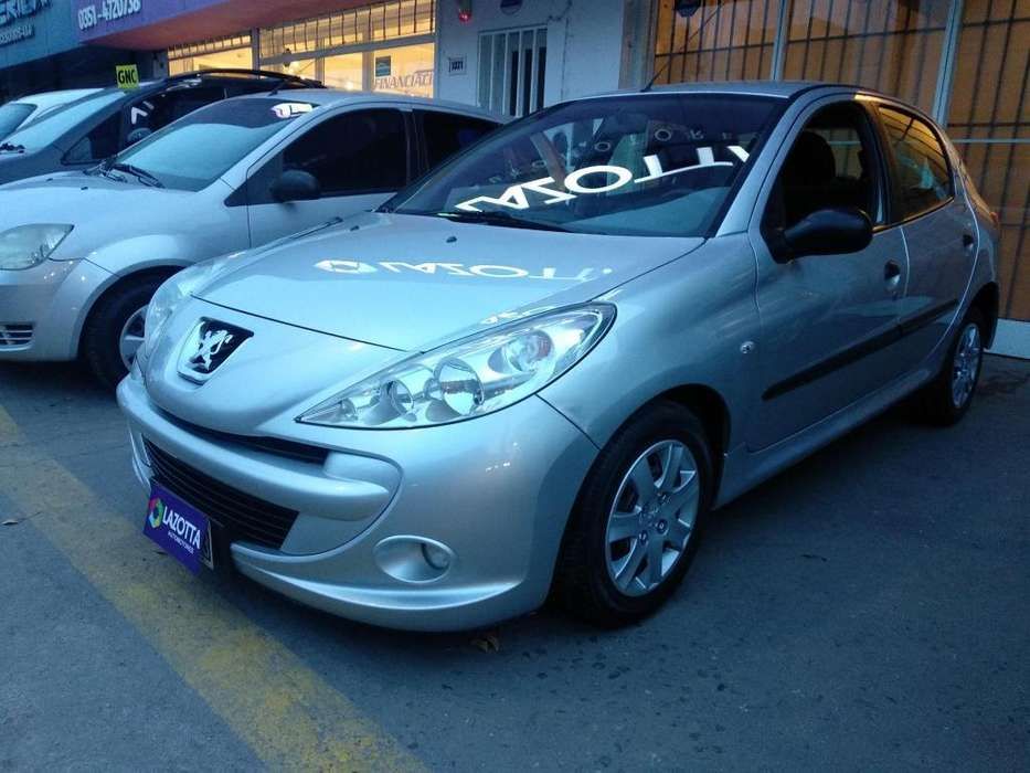 Peugeot 207 Compact 2012 - 102000 km