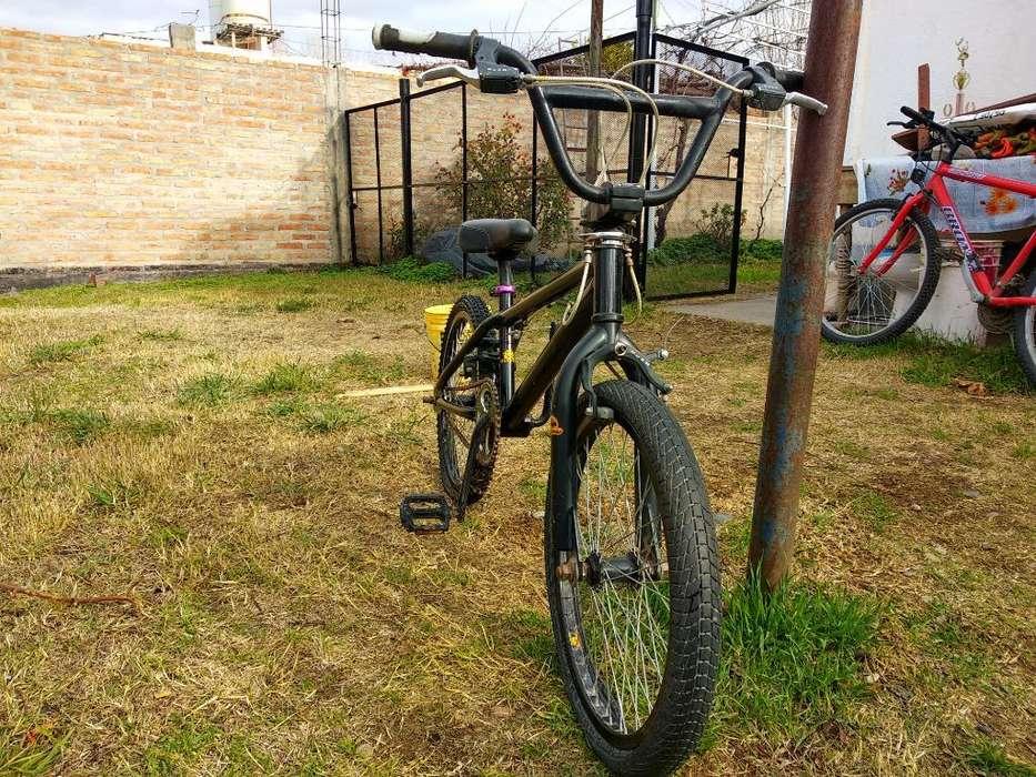 Bicicleta Bmx Asfalto