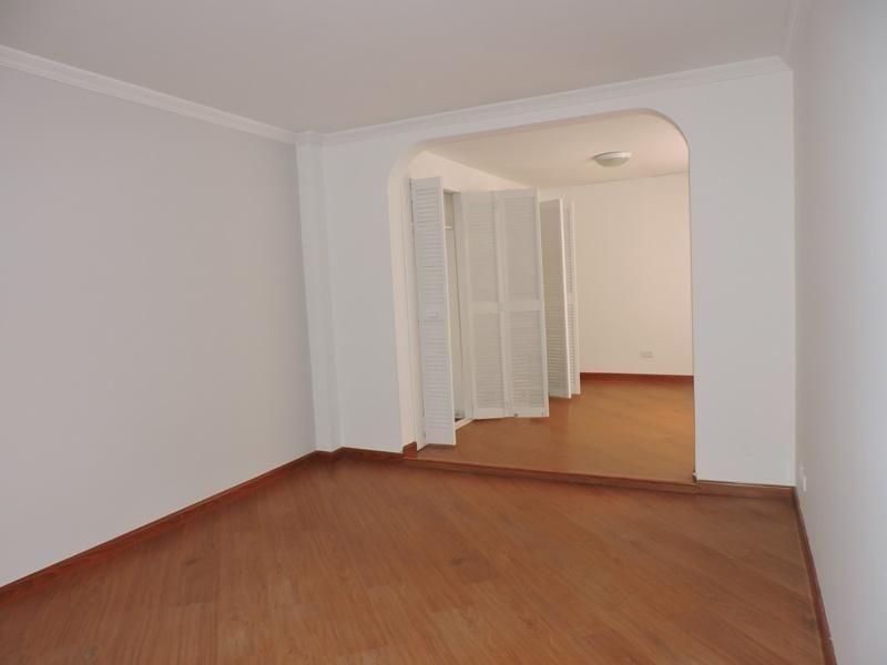 Apartamento En Arriendo/venta En Bogota Santa Barbara Cod. ABIRE5142