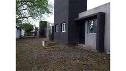 Arguello, Jorge Descote  7300 - UD 41.000 - Casa en Venta