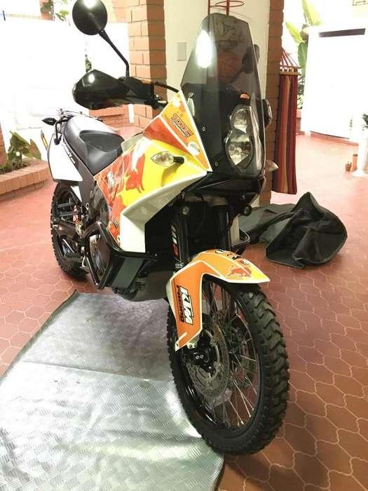 Vendo Ktm 990 adventure 2011 abs