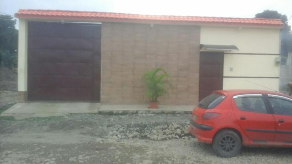 Vendo Casa de 3 Dormitorios en Quevedo