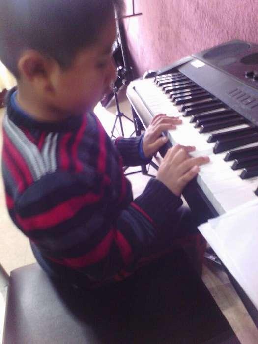 Clases Guitarra Violin Piano Trompeta