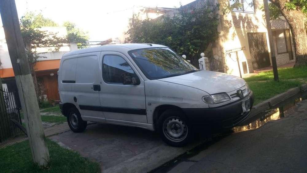 Peugeot Partner 2007 - 179000 km