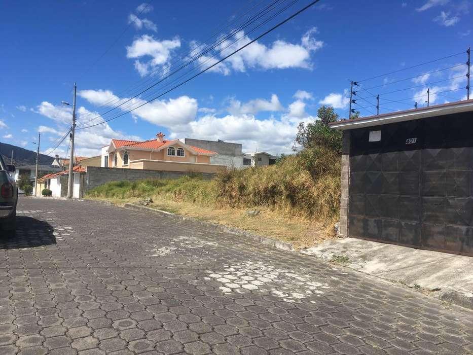 De Oportunidad, Terreno dentro de Urbanización 450m2 - Valle de los Chillos