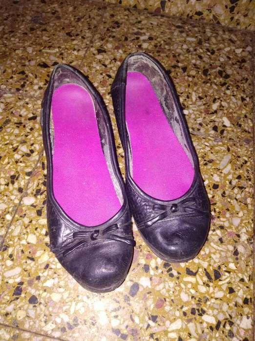 Liquido <strong>zapatos</strong> Cuero Talle 37
