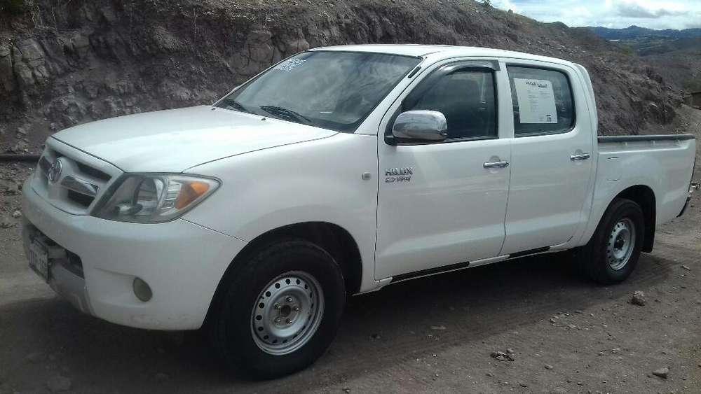 Toyota Hilux 2008 Matricula 2019 con 180