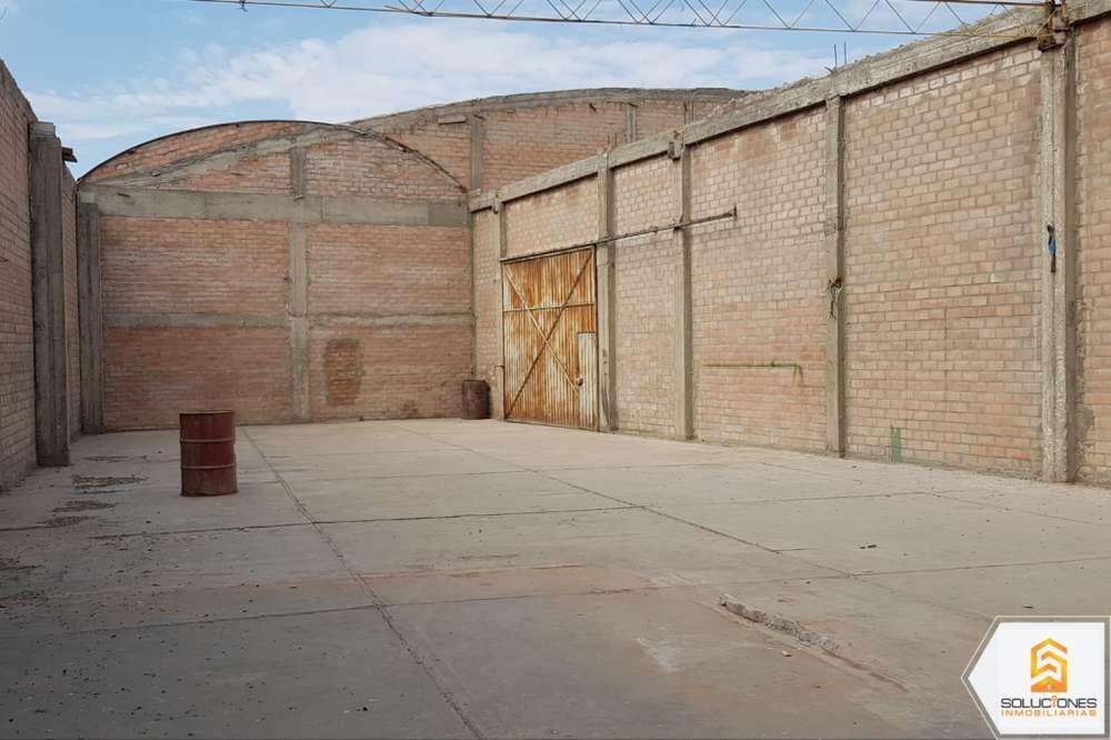 ¡Oportunidad única! Alquilo vasto local industrial en Arequipa