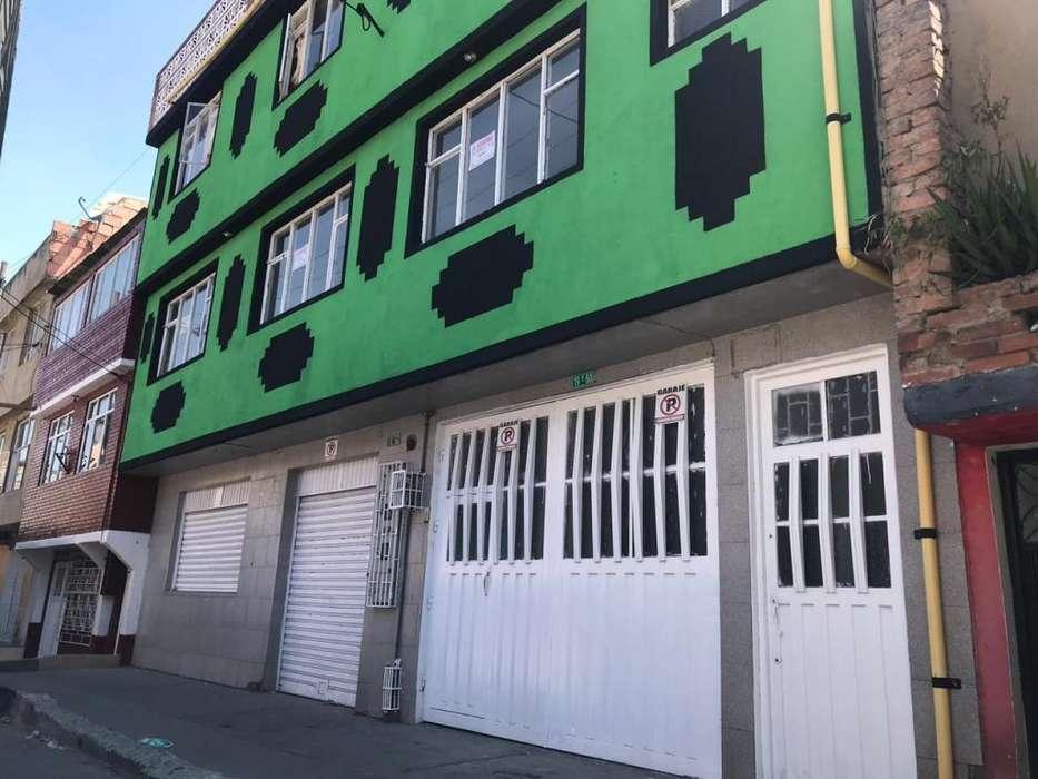 Casa en venta - Ciudad Bolívar.