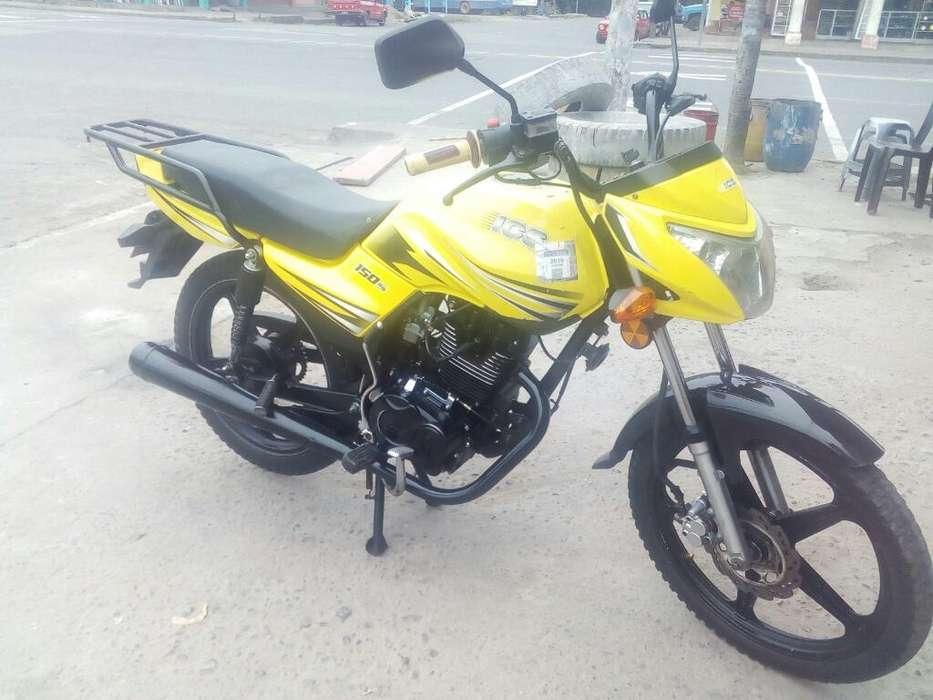 Vendo Moto Ics Al Dia Llamar 0980872441
