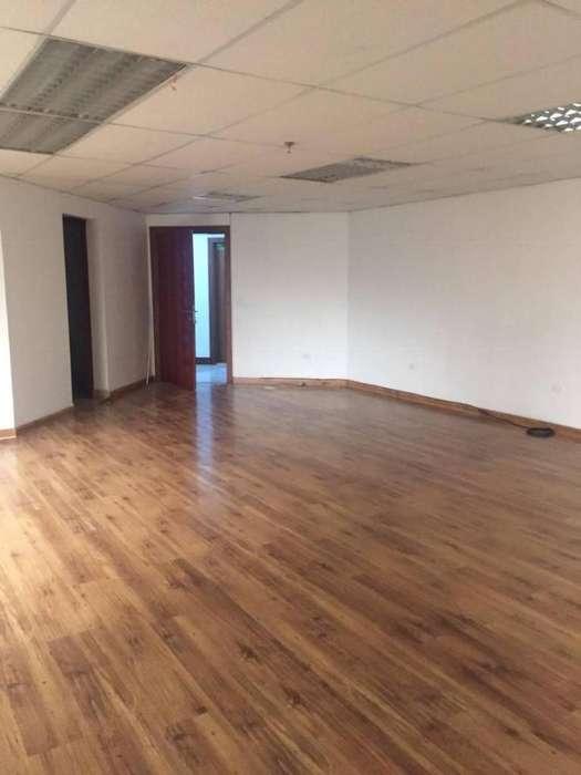 Venta Linda <strong>oficina</strong> 72 m en Edificio Corporativo