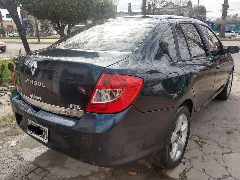 Renault Symbol 2011 - 124000 km