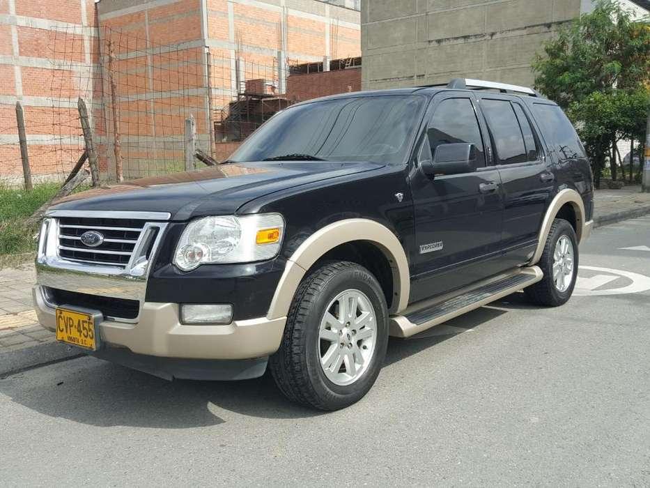Ford Explorer 2007 - 150000 km