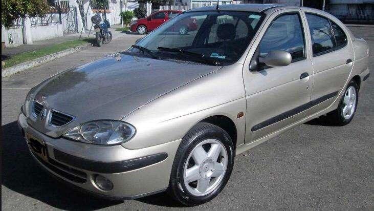 Renault Megane  2004 - 180000 km