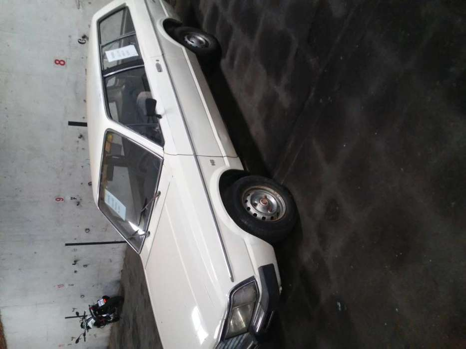 <strong>ford</strong> Otro 1981 - 200000 km