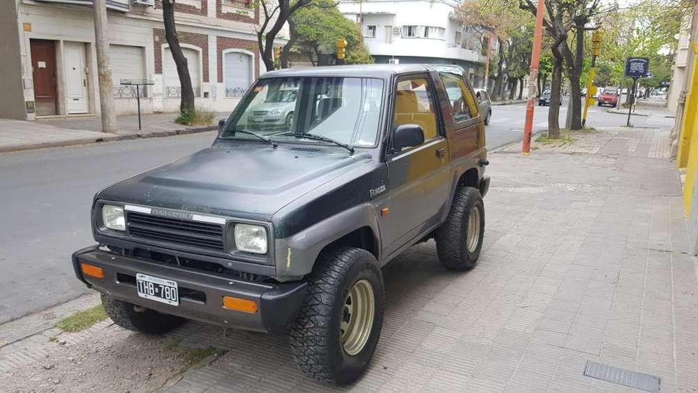 Dahiatsu Feroza 1993 - 75000 km