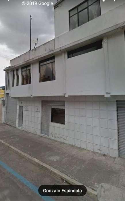 Vendo Casa de Tres Pisos Al Sur de Quito
