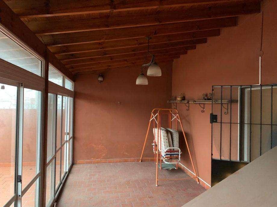 Casa PH en venta en Bernal Oeste
