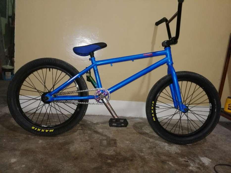 <strong>bicicleta</strong> Bmx Profesional Piezas Nuevas