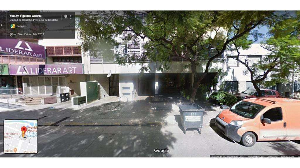 Figueroa Alcorta  400 - UD 12.000 - Cochera en Venta