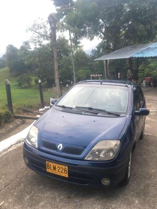 Renault Scenic  2002 - 125000 km