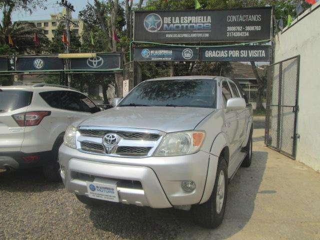 Toyota Hilux 2008 - 250965 km