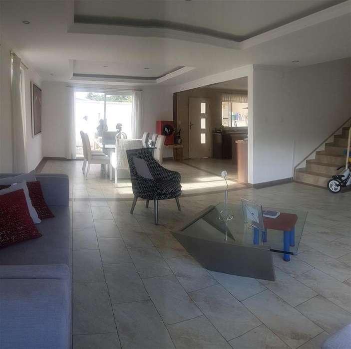 Vendo bonita casa - Lumbisí
