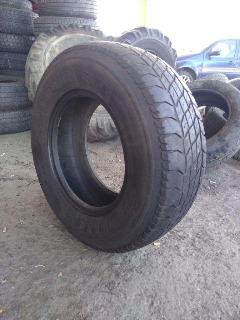 Neumático 235/75 r15 Pirelli Scorpion usado