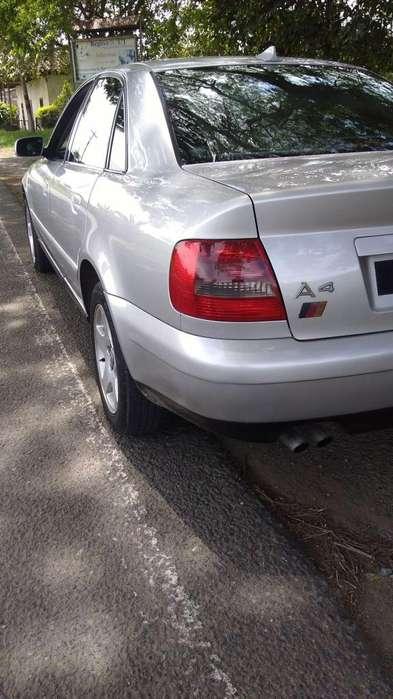 Audi A4 1999 - 155000 km