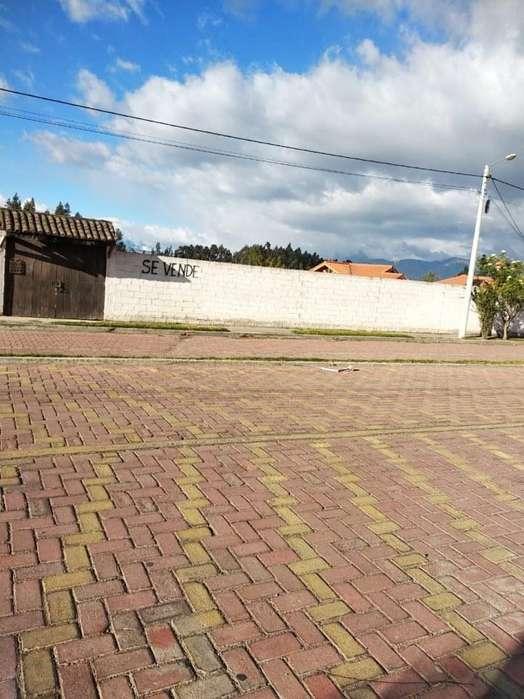 Precioso terreno en Ricpamba 1.386 m2 RIOBAMBA LR1016