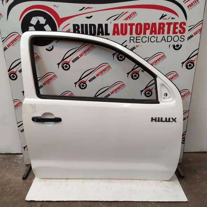 Puerta Delantera Derecha Toyota Hilux 13300 Oblea:03048080