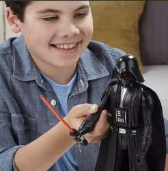 DARTH VADER STAR WARS REBELS HASBRO Con Sable Luminoso y Sonidos.