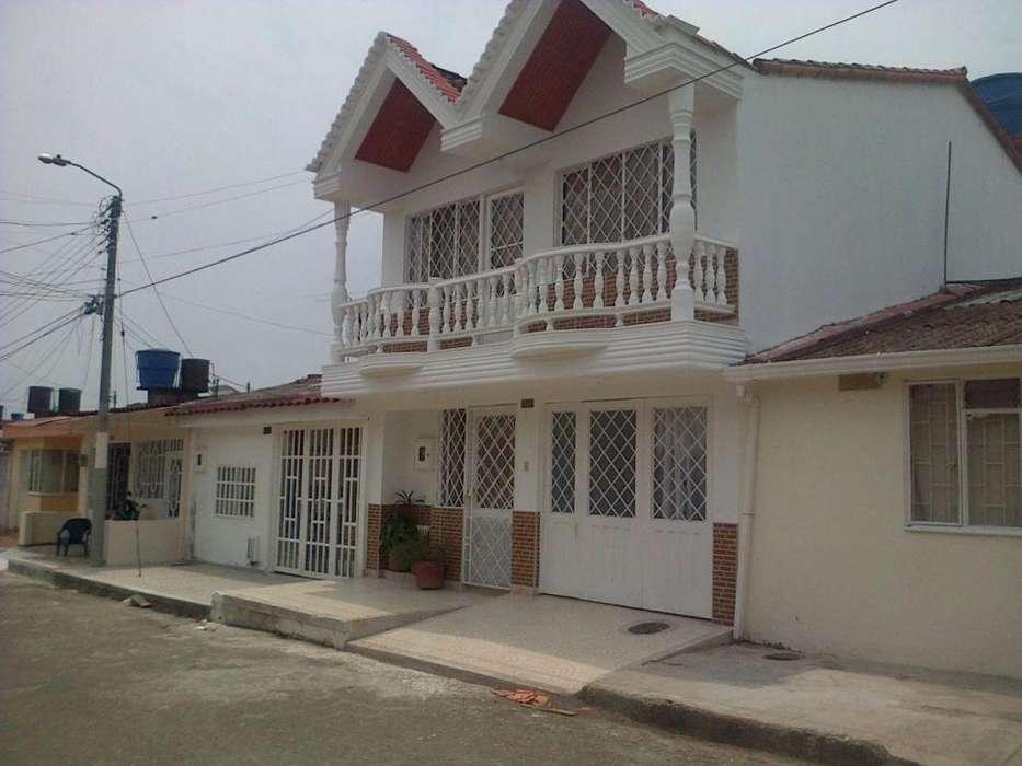 Se arrienda casa en barrio Rosablanca