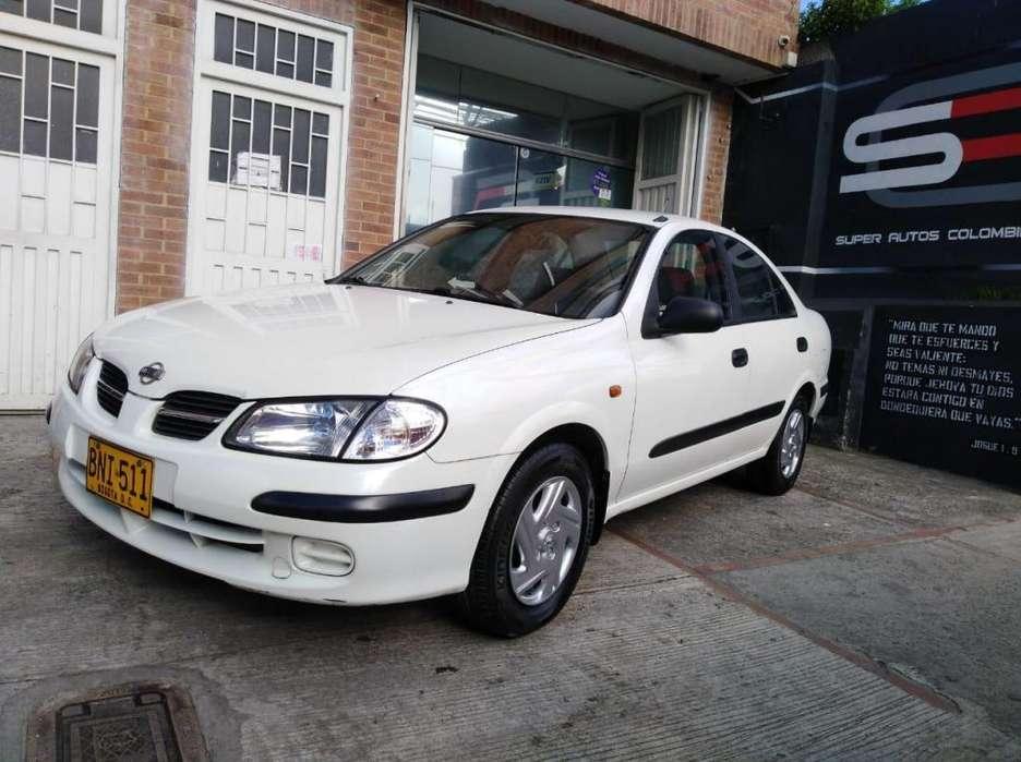 Nissan Almera  2002 - 238000 km