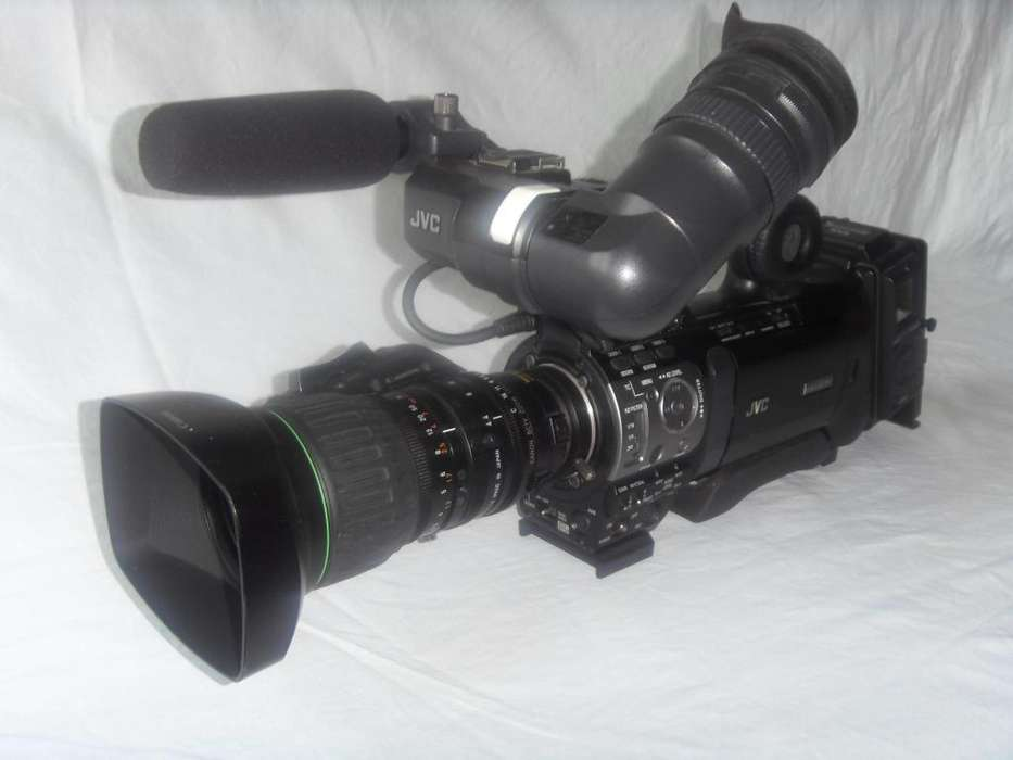 VIDEOCAMARA PROFESIONAL JVC GY HM 700 Full HD 1920x1080
