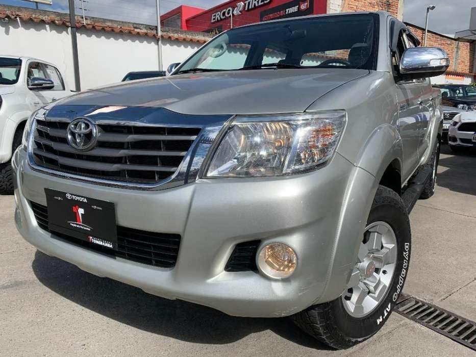 Toyota Hilux 2012 - 78680 km