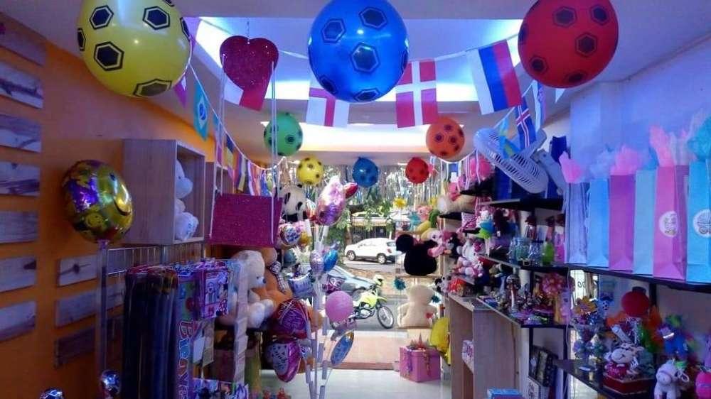 Se vende negocio en Cali de detalles piñatera y empaques, bien acreditado y ubicado