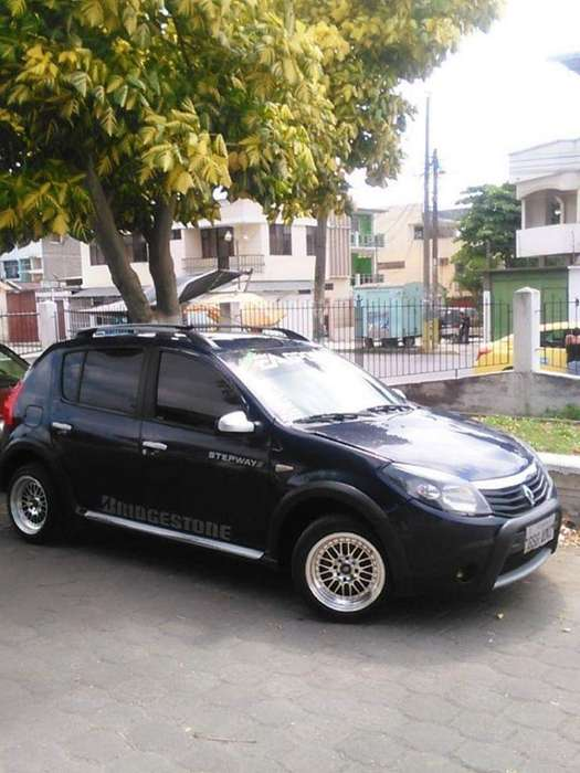 Renault Sandero 2012 - 300000 km