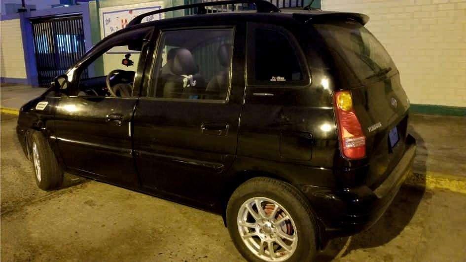 Hyundai Otro 2005 - 130000 km