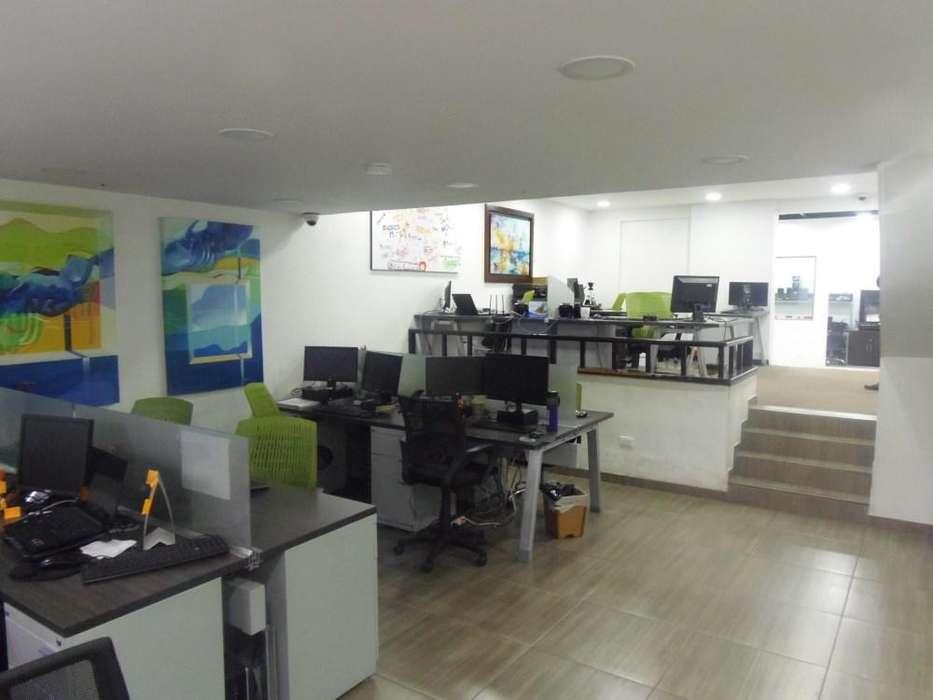 Inmueble ideal para <strong>oficina</strong> con bodega, hogar geriátrico, IPS, consultorios 68-00017