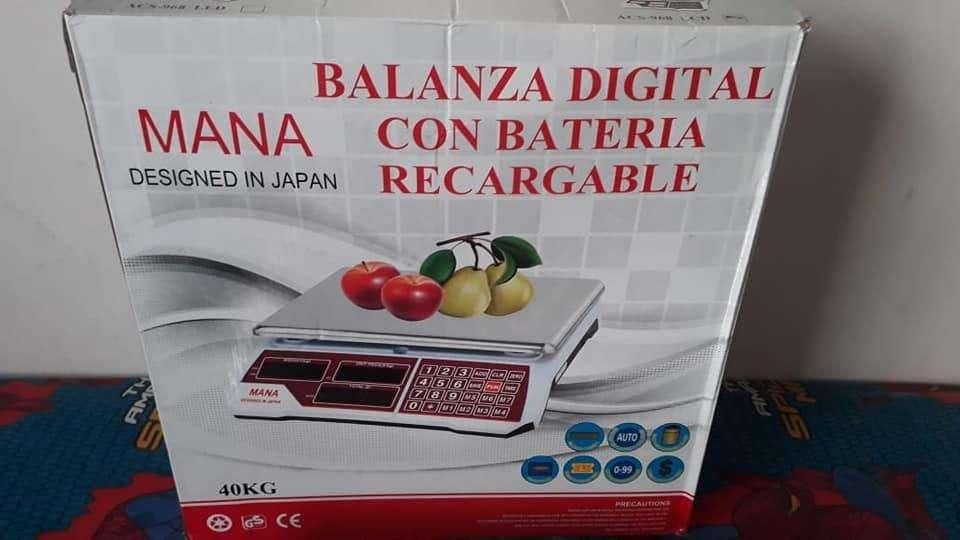 BALANZAS DIGITALES NUEVAS A BATERIA 2300