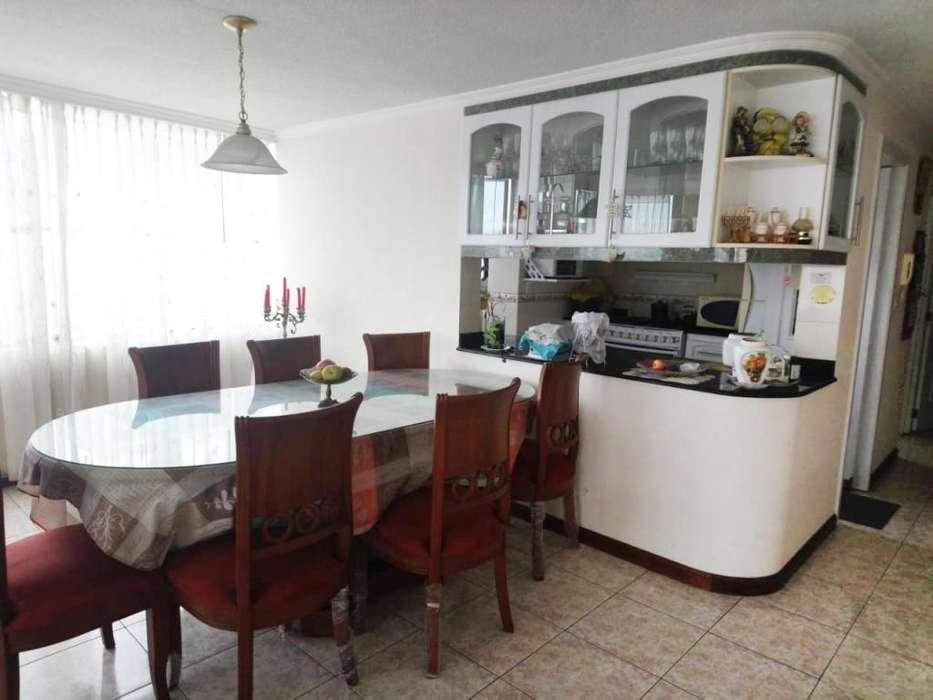 Amplio departamento de 3 dormitorios en venta, sector La kennedy 103 m²